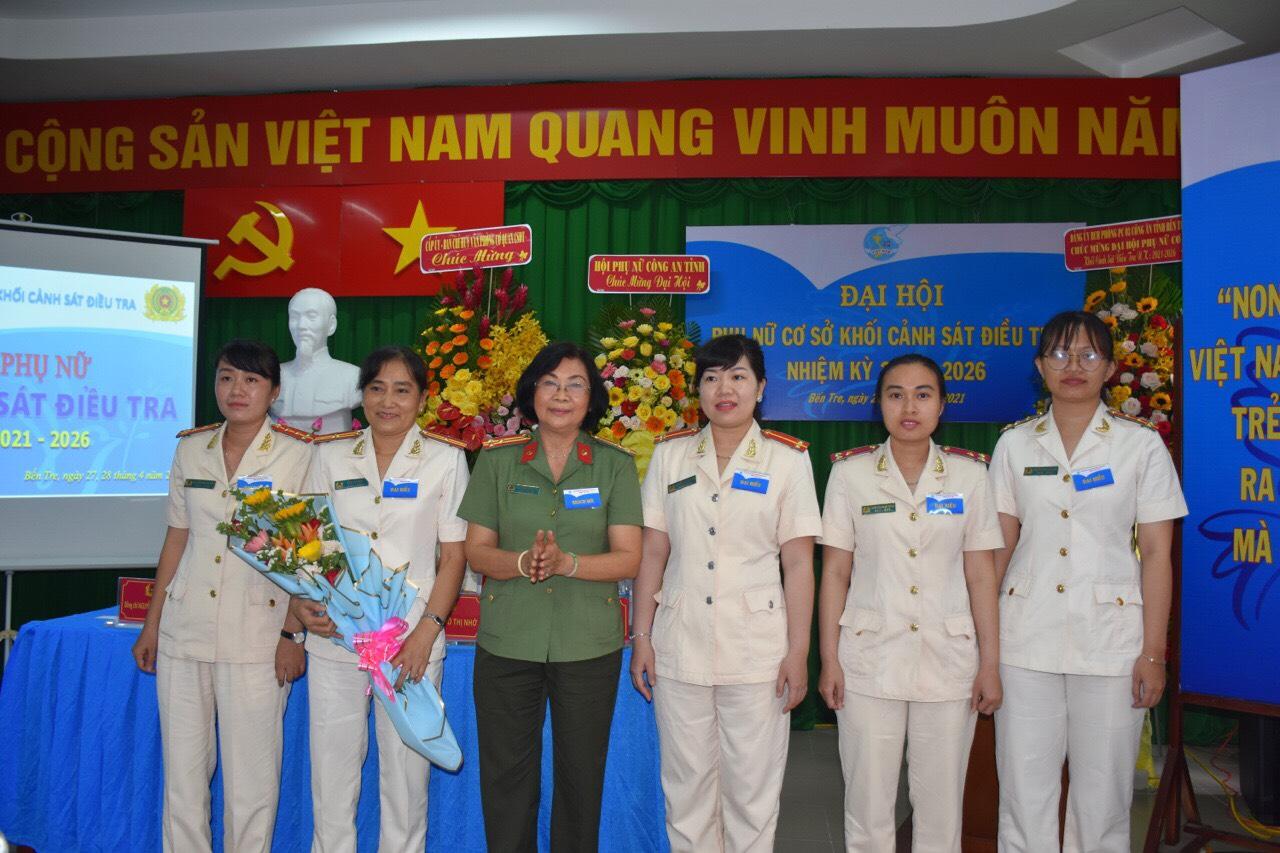 Hội Phụ nữ Công an tỉnh Bến Tre tổ chức thành công Đại hội phụ nữ cấp cơ sở