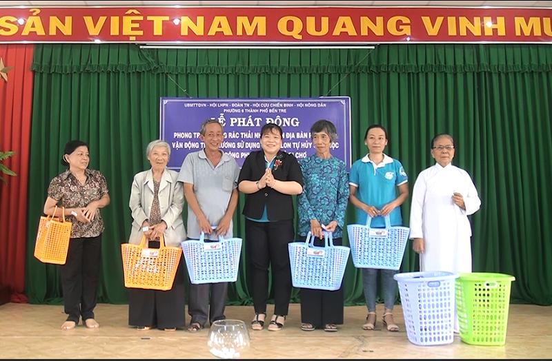 Thành phố Bến Tre: Phường 6 phát động sử dụng túi nilong thân thiện môi trường