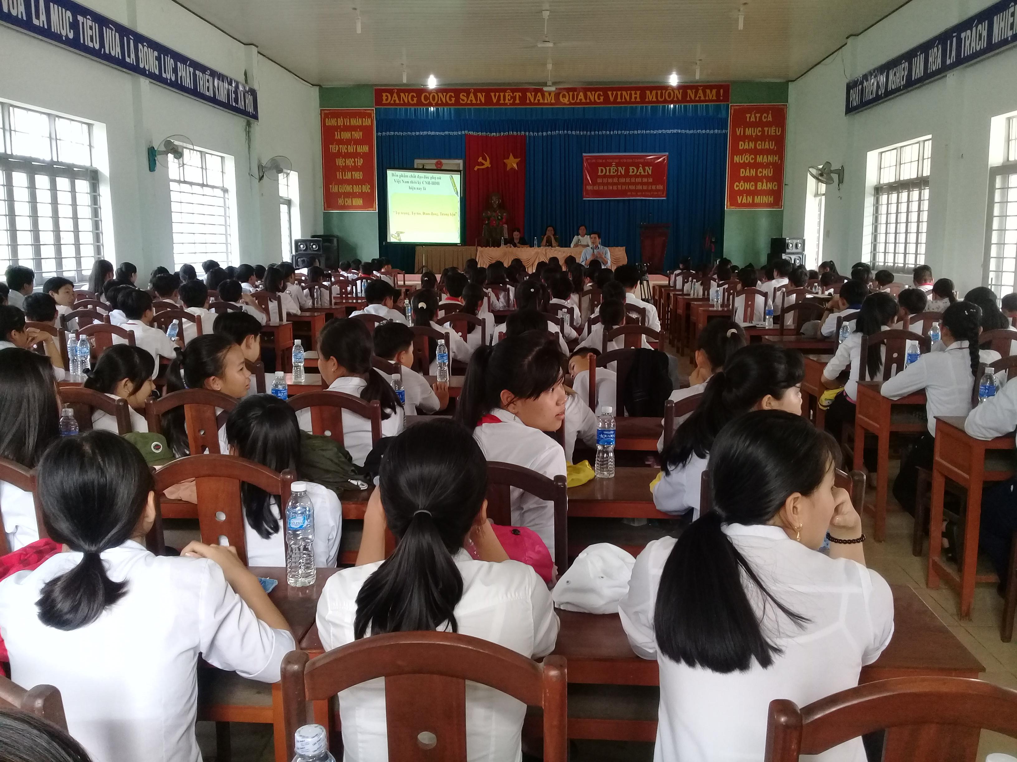 Diễn đàn Giáo dục đạo đức, chăm sóc sức khỏe sinh sản, phòng ngừa xâm hại tình dục trẻ em và phòng chống bạo lực học đường