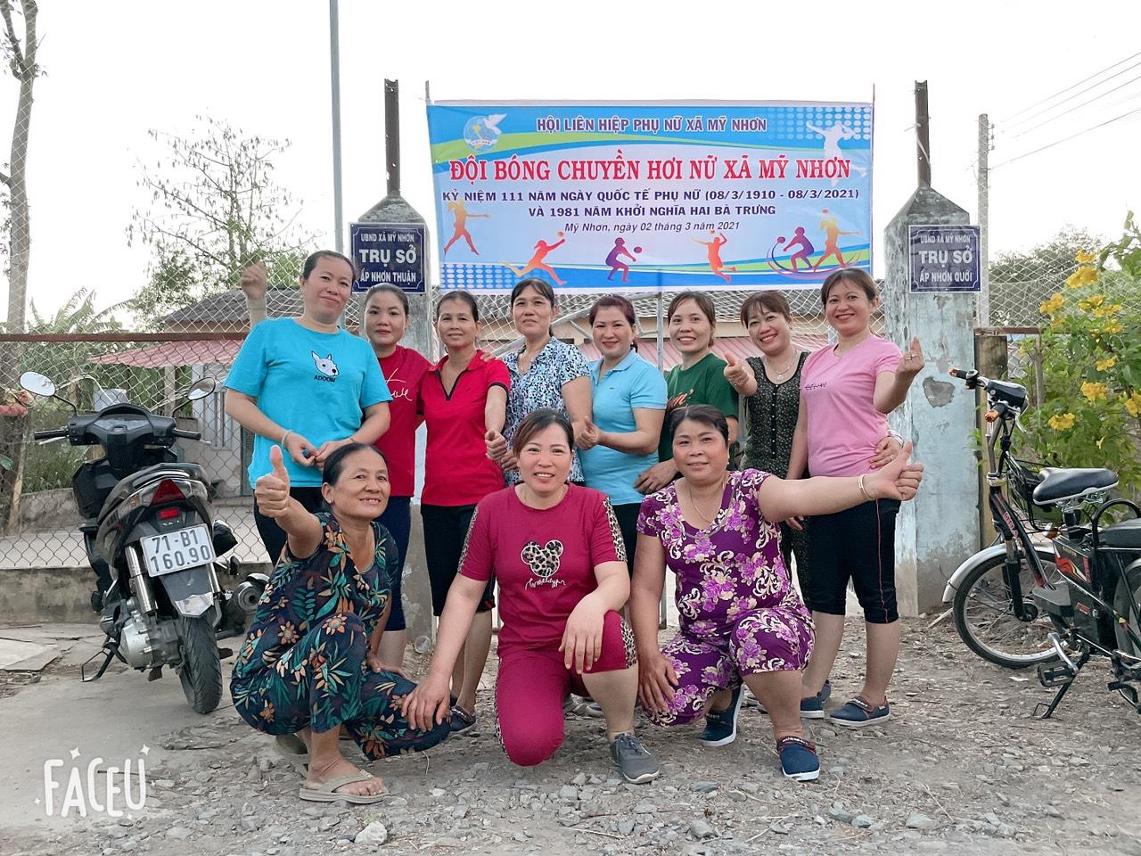 Hội LHPN xã Mỹ Nhơn thành lập đội bóng chuyền hơi nữ