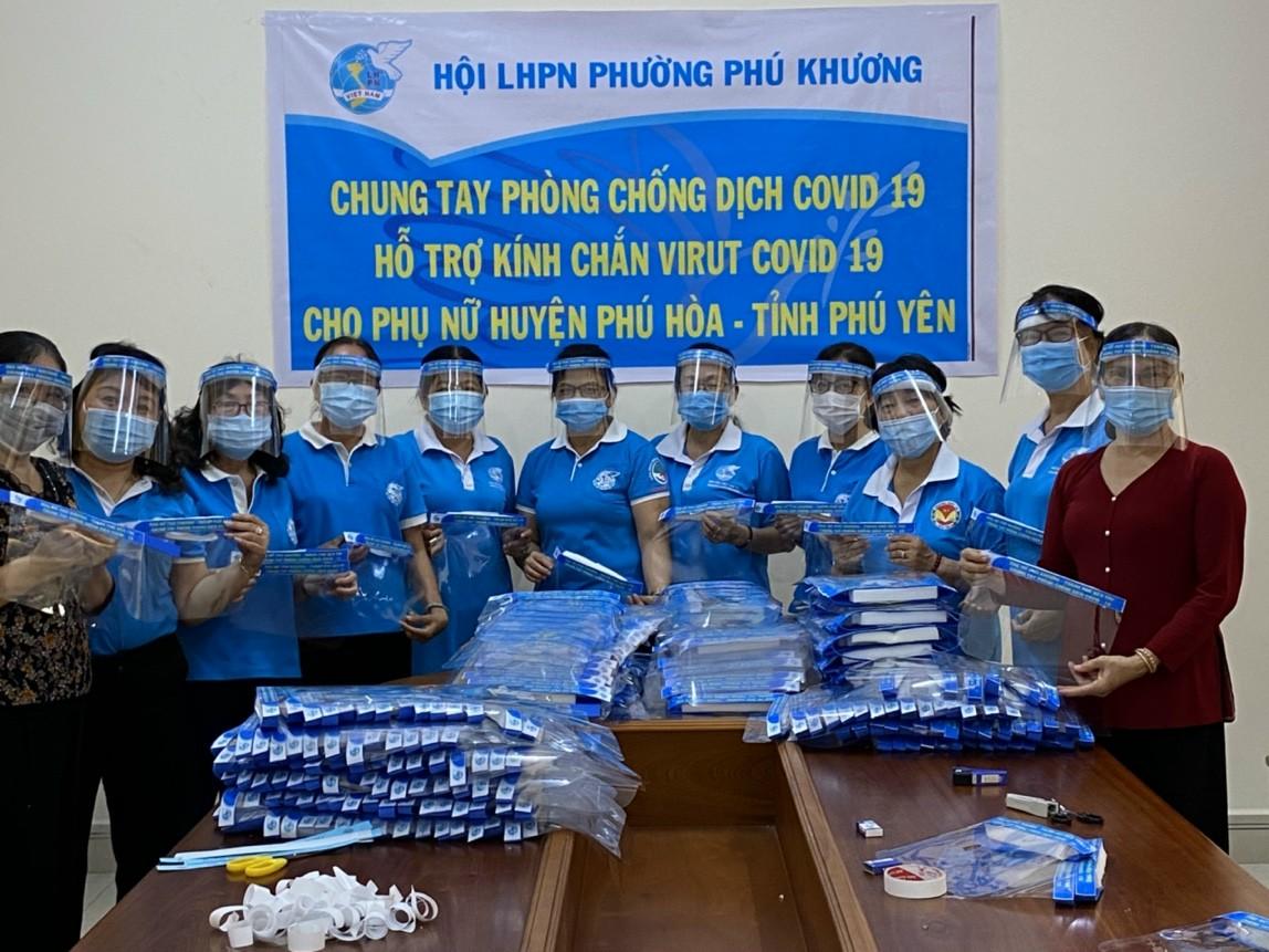 Hội Liên hiệp Phụ nữ phường Phú Khương chung tay thực hiện phòng, chống dịch COVID 19