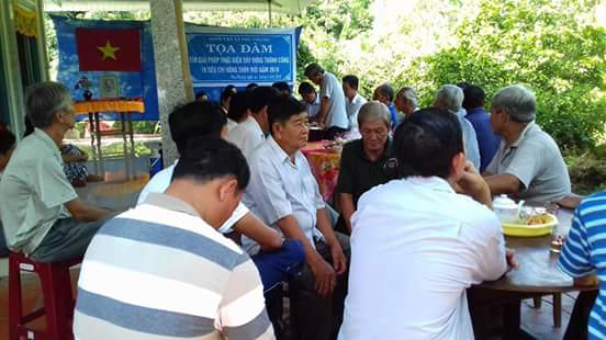 Hội LHPN xã Phú Phụng - Tọa đàm tìm giải pháp xây dựng Nhà tiêu hợp vệ sinh xóa cầu tiêu ao cá trên địa bàn xã