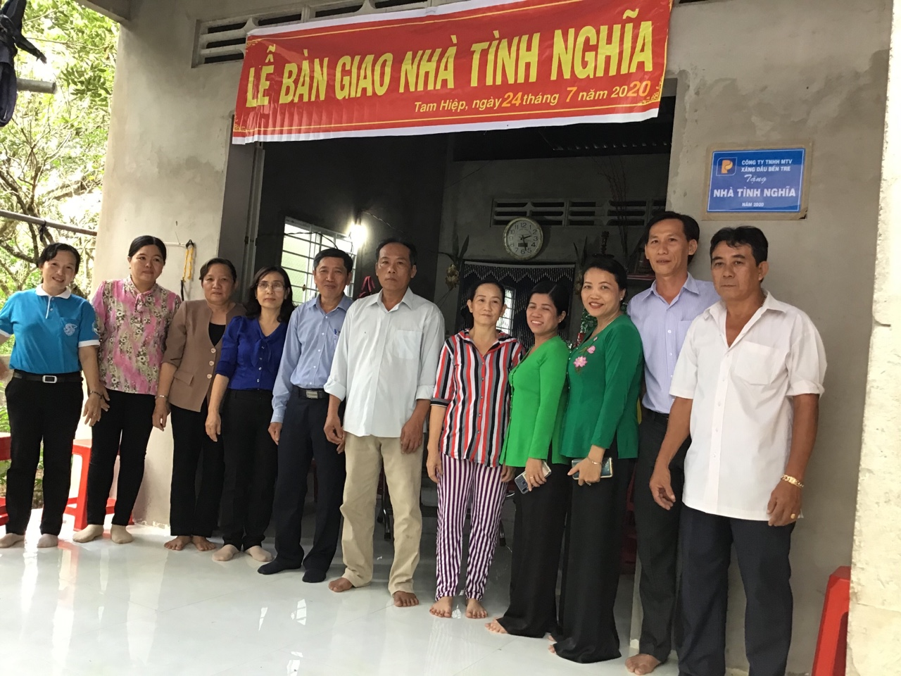 Bàn giao nhà tình nghĩa tại xã Tam Hiệp, huyện Bình Đại và xã An Ngãi Tây, huyện Ba Tri
