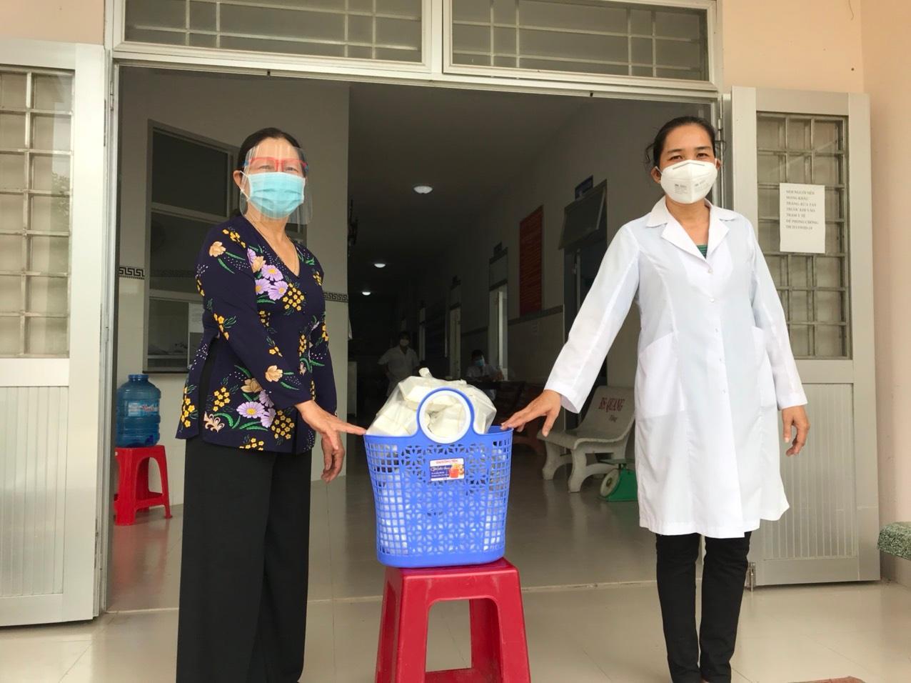 Người cán bộ Hội tích cực tham gia công tác phòng, chống dịch bệnh Covid-19